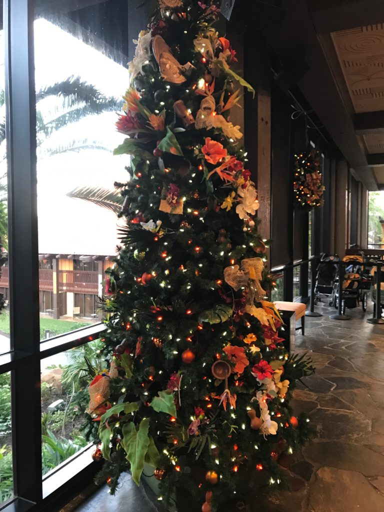 Christmas tree at Polynesian Resort Walt Disney World during holiday hotel hopping